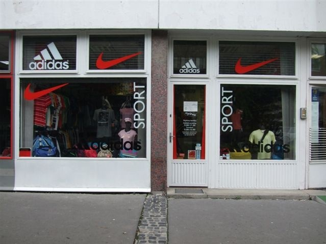 ... Adidas-Nike Sport Bolt ... 5970f81af4